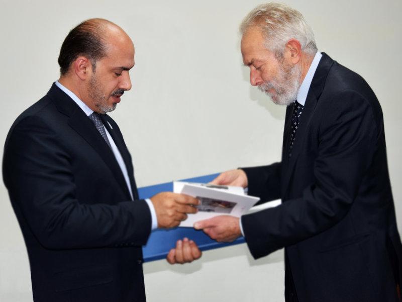 l'Ambasciatore in Italia degli Emirati Arabi, SE Saqer Nasser Al Rissi e Giovanni Squame, Presidente di ALI